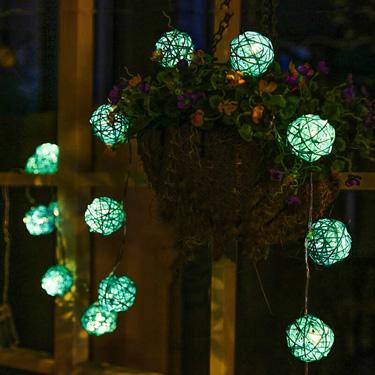 Rattan Ball Solar String Light